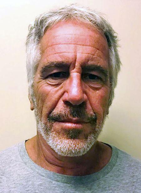 Epstein hat sich am 10. August in einem New Yorker Gefängnis das Leben genommen.