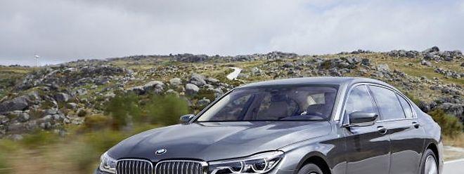 Mit ihrem neuen BMW 7er präsentieren die Münchner modernen Luxus, der auf fortschrittlichen Technologien und einem besonderen Augenmerk für das Detail basiert.