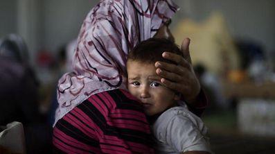 Même dans un pays d'accueil, les réfugiés comme Malik et sa famille doivent souvent combattre l'hostilité et la haine de la part de compatriotes.