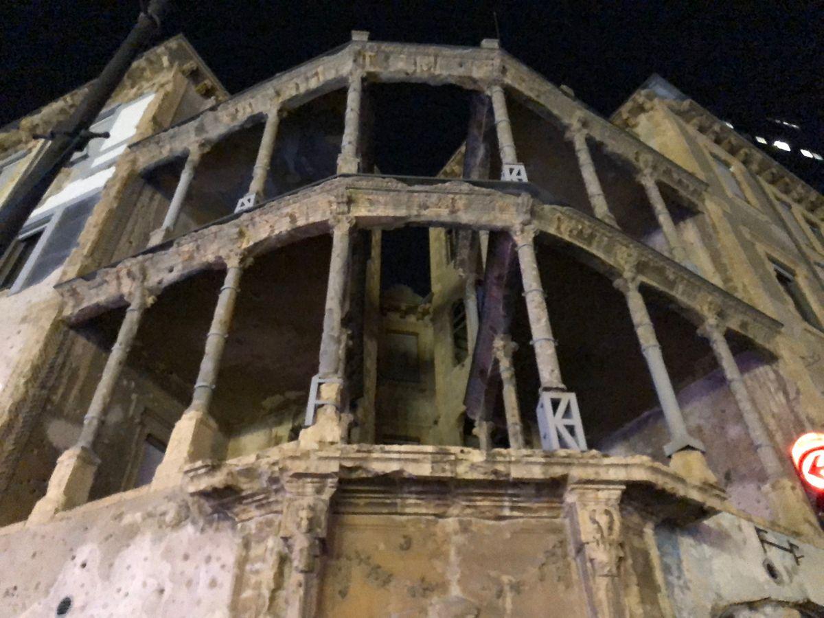 Comme pour ne pas être oubliée: quelques vestiges encore, à Beyrouth, de la guerre civile.