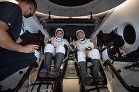 Bob Behnken e Doug Hurley regressaram à Terra este domingo após terem passado dois meses na Estação Espacial Internacional.