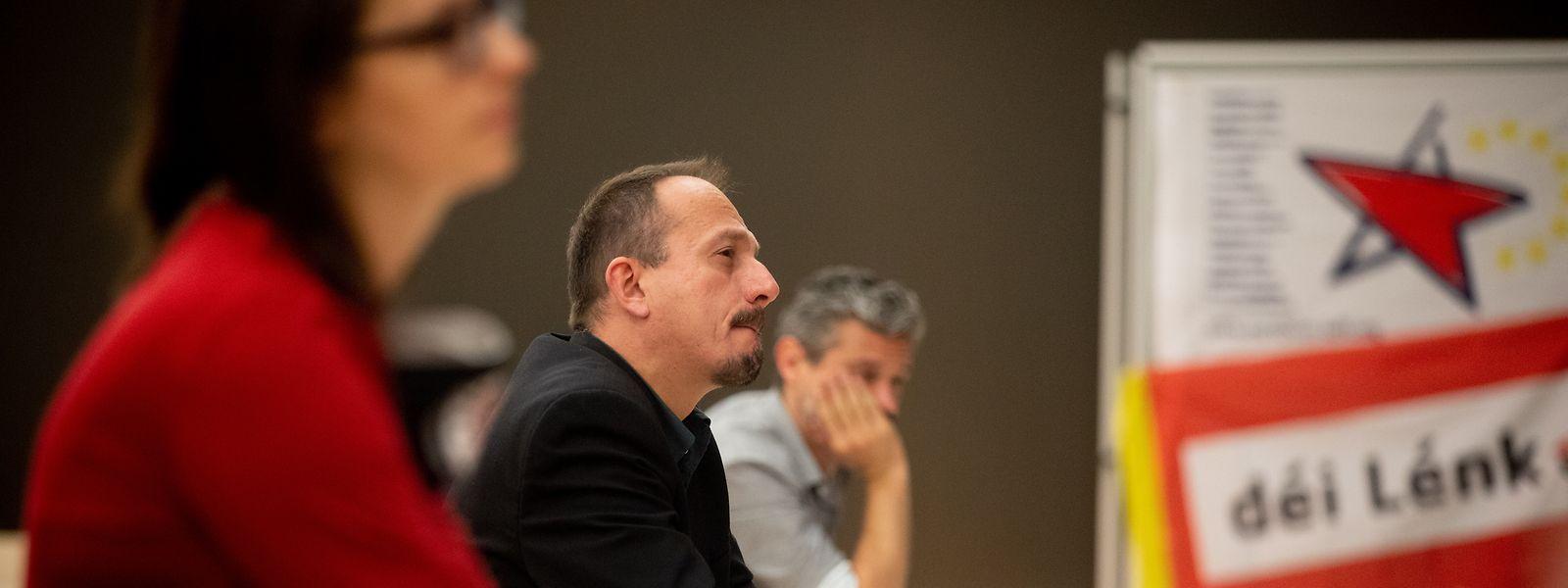 Archivbild des letzten Parteikongresses am 20. September mit dem Abgeordneten Marc Baum in der Mitte.