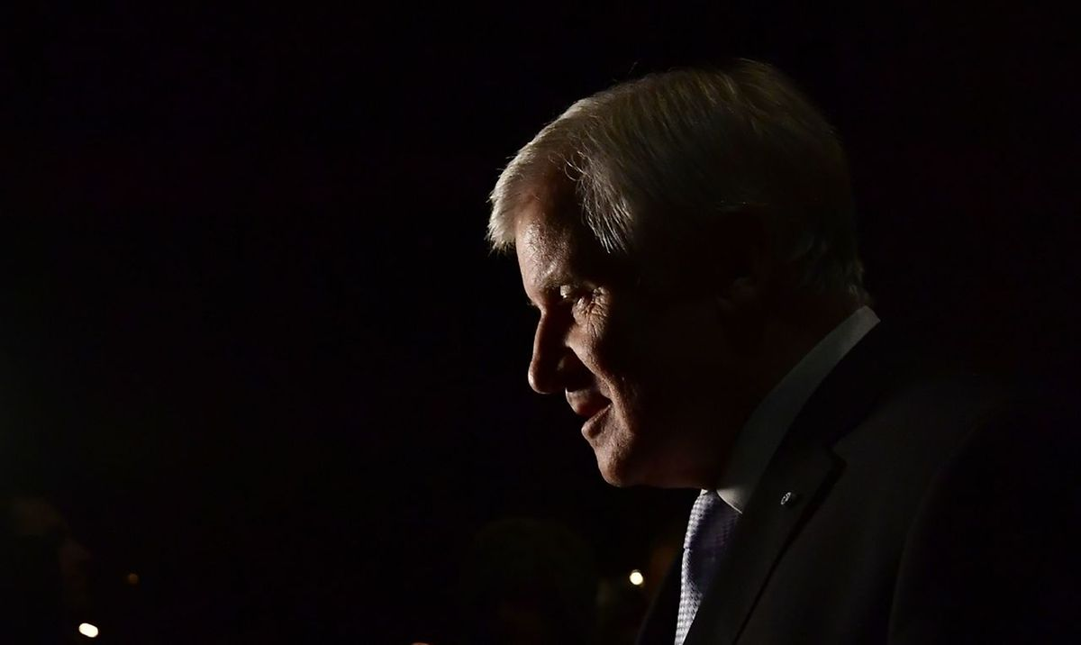 Christian Social Union (CSU) leader, Horst Seehofer, leaves after speaking after exploratory talks on forming a new government broke down on November 19, 2017 in Berlin
