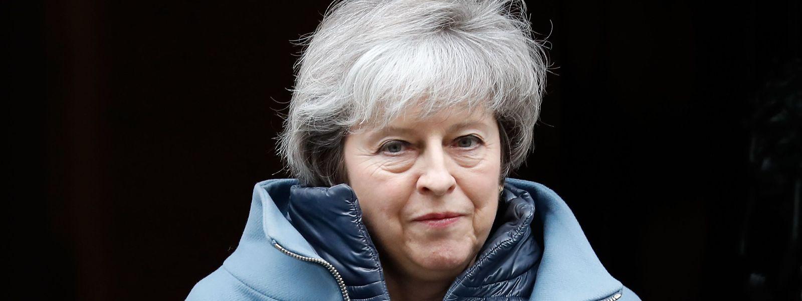 Theresa May: «Dès que nous aurons réalisé les progrès nécessaires, nous proposerons un nouveau vote».