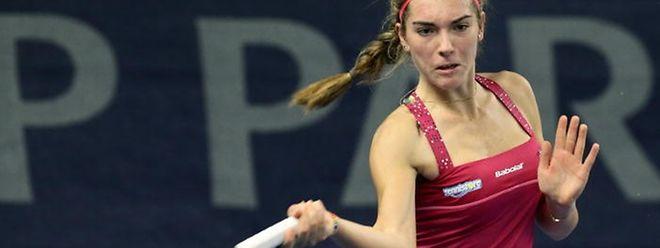 Malgré une belle résistance, Eléonora Molinaro n'a rien pu faire contre l'Ukrainienne Ganna Poznikhirenko au 2e tour du tournoi ITF du Havre, ce jeudi