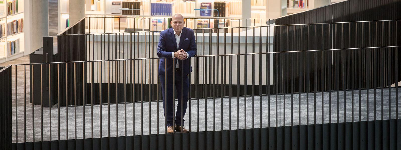 Seit Januar 2018 ist der Rektor Stéphane Pallage im Amt