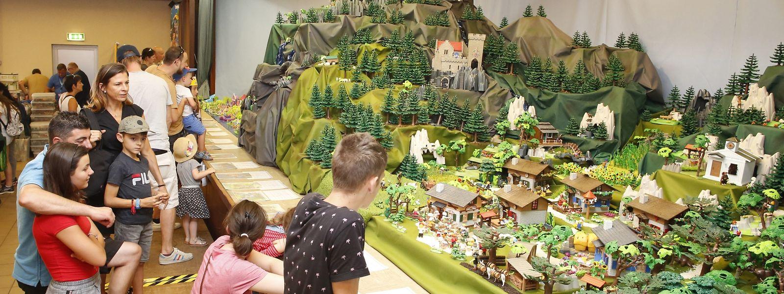 Groß- und Klein finden Gefallen an den aufwendigen Themenwelten ganz aus Playmobil.