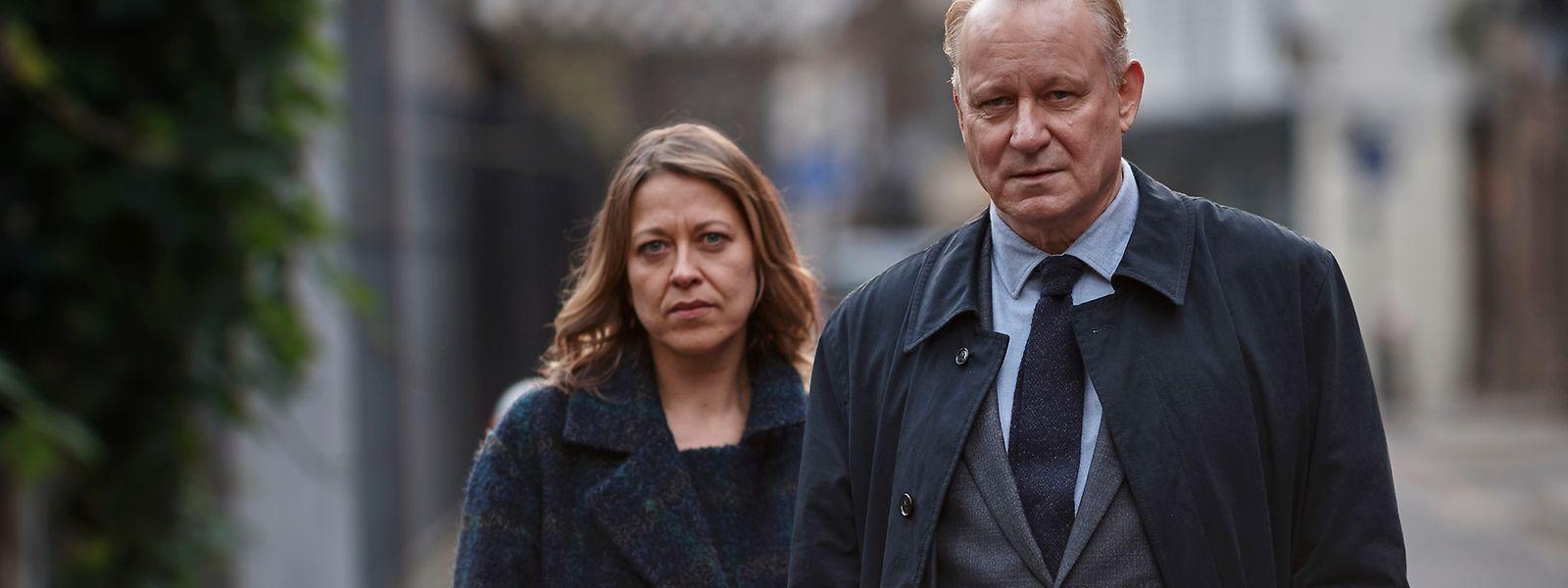 Einer der markantesten Kino- und TV-Darsteller der letzten Jahrzehnte spielt die Hauptrolle: Stellan Skarsgård (r.).