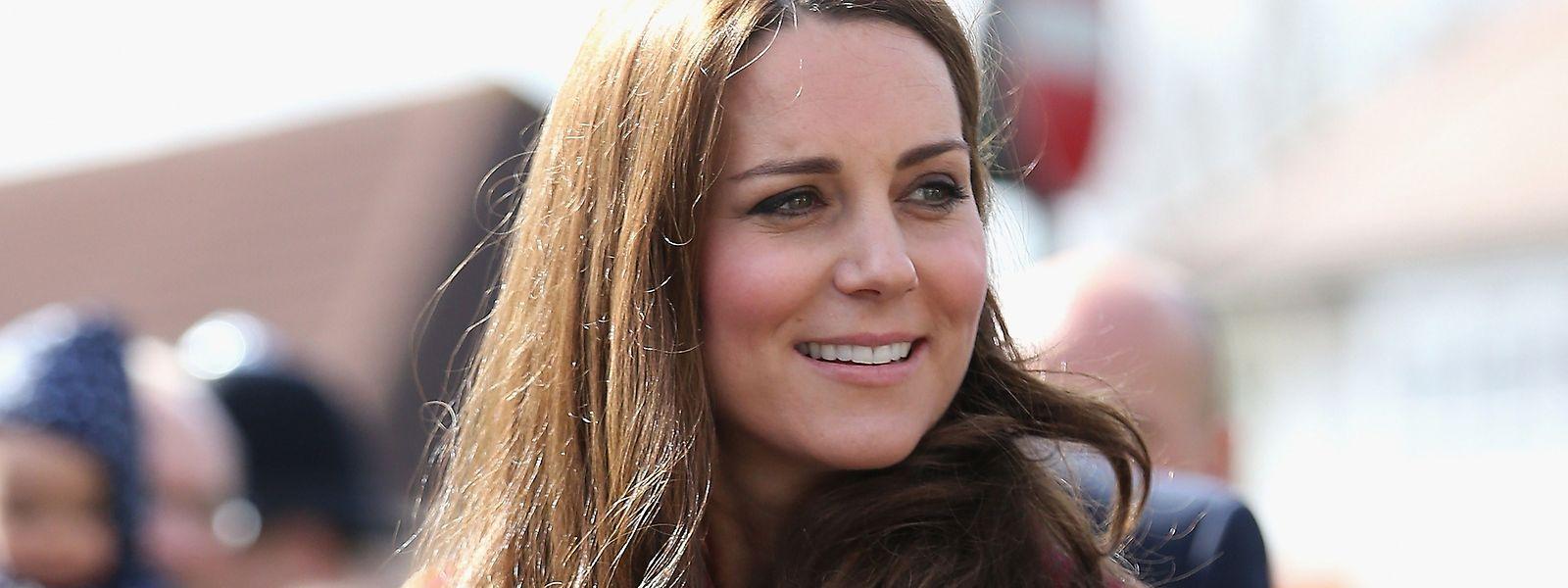 Die Herzogin besichtigt Luxemburg ohne ihren Mann Prinz William.