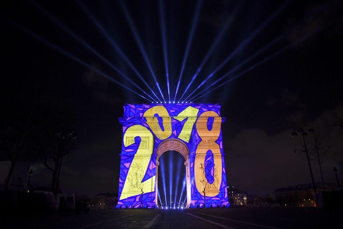 Projections sur l'Arc de triomphe à Paris en France