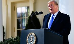 US President Donald Trump delivers remarks in the Rose Garden at the White House in Washington, DC on February 15, 2019. (Photo by Brendan Smialowski / AFP)