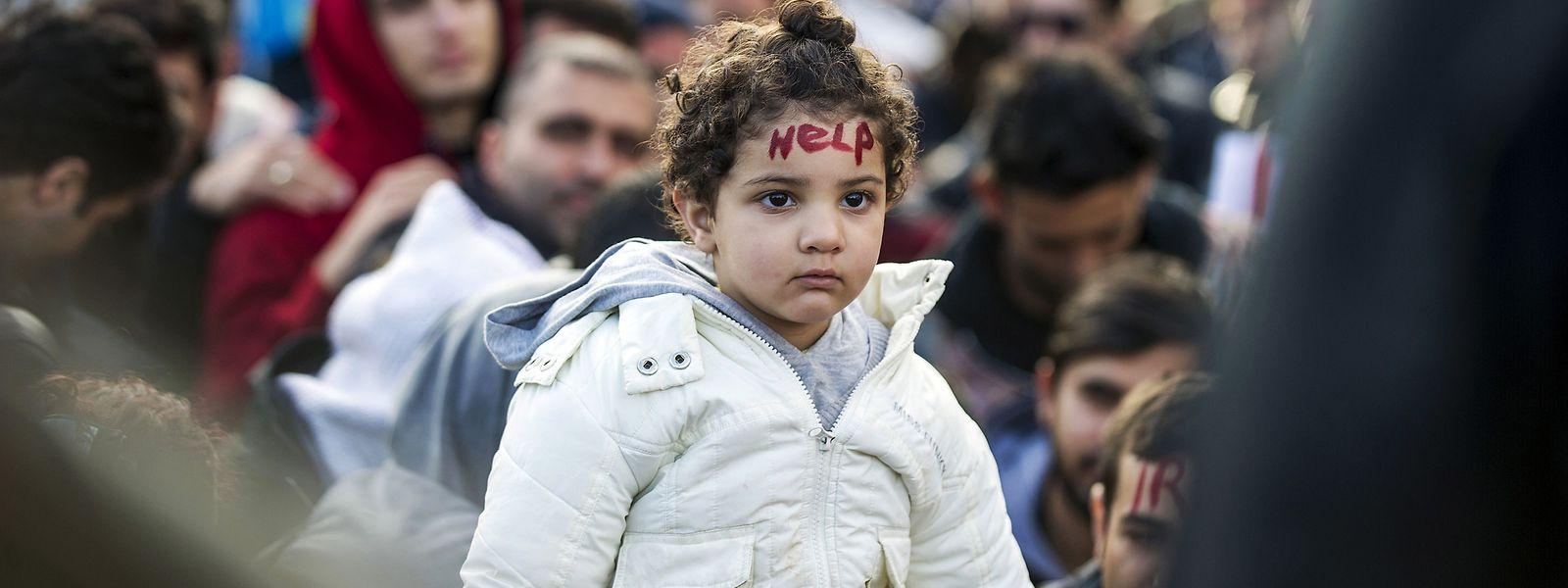 Unbegleitete minderjährige Flüchtlinge müssen besonders geschützt werden, fordert die Menschenrechtskommission.