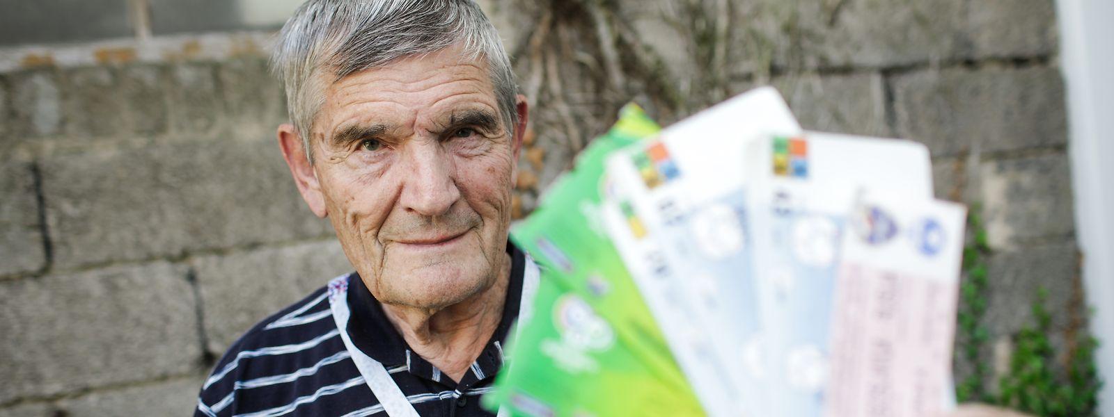 René Rewenig hat einige WM-Tickets aufbewahrt. Andere hat er an Sammler verschenkt.