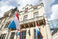 Lokales, Fahne auf halbmast, chambre des députés Foto: Anouk Antony/Luxemburger Wort