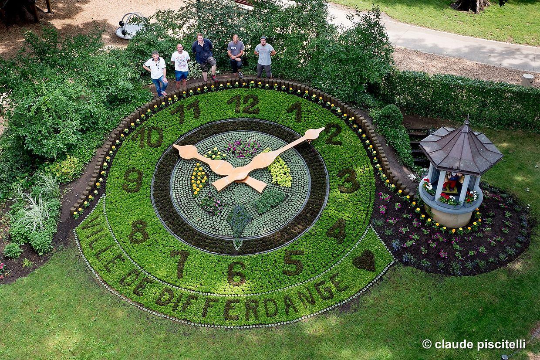 horloge fleurie Differdange - Differdange - 22.06.2017 © claude piscitelli