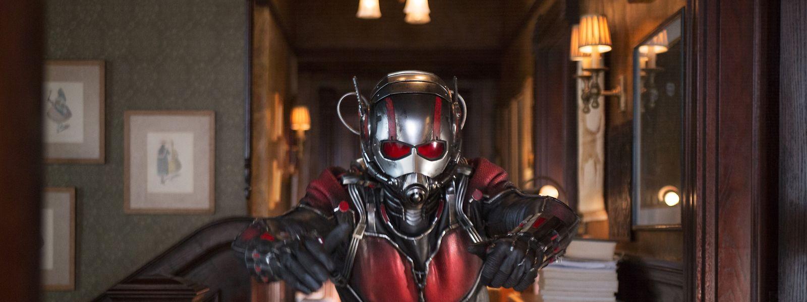 """""""Ant-Man"""" (Paul Rudd) muss sich erst unter den A-Klasse-Heroen beweisen."""