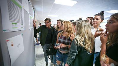 27.06.2017 Luxembourg, Merl, Lycée Michel Rodange, résultats fin d'année photo Anouk Antony