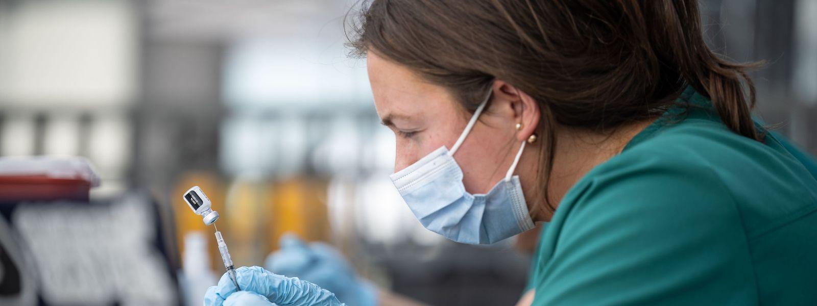 Plus de 180.000 doses de vaccins anti-covid ont pu être administrées en quatre mois au Luxembourg.