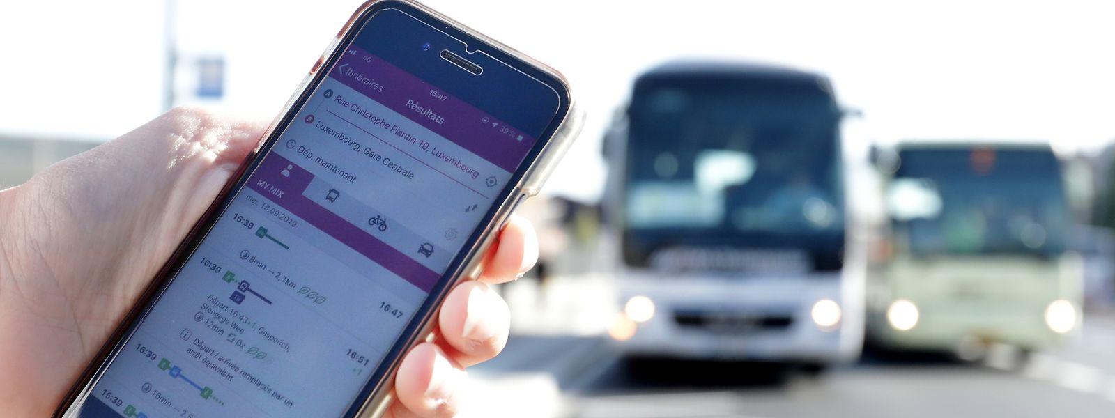 Bus, Tram, Fahrrad, eigenes Auto oder einfach zu Fuß: Die neue App soll schnell und umfassend über jede Mobilitätsoption informieren.