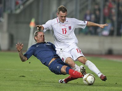 Luxembourg and France met at Josy Barthel on March 26, 2011, exactly 6 years before the upcoming game. Philippe Mexes (L) and the French team beat Aurélien Joachim (R) and his home team 2:0.