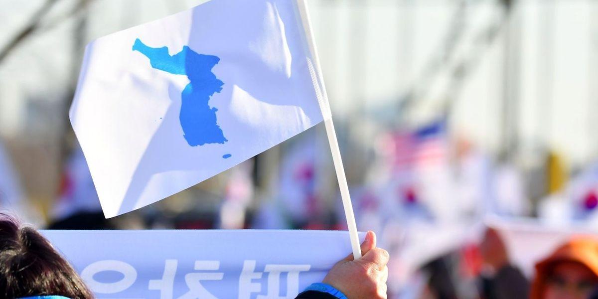 Die Sportler aus Nord- und Südkorea werden bei der Eröffnungsfeier der Spiele unter einer gemeinsamen Flagge einlaufen.