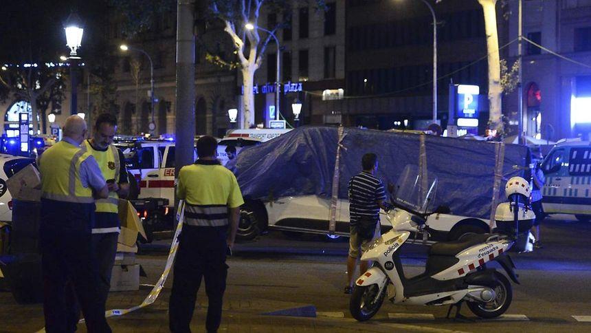 """Résultat de recherche d'images pour """"attentat meurtrier à Barcelone, des blessés à Cambrils"""""""