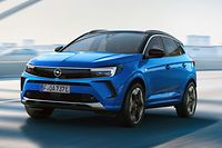 Neue Hülle, verbesserter Inhalt: Den frisch gelifteten Opel Grandland gibt's ab 30.500 Euro.