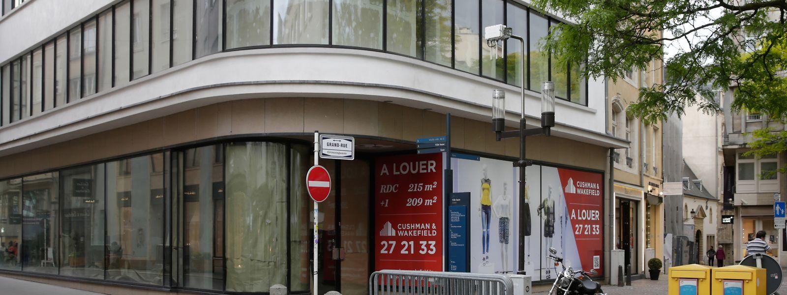 Seit vielen Monaten verlassen: Das einstige Bourse-Gebäude an der Ecke Grand-rue/Rue du Fossé.