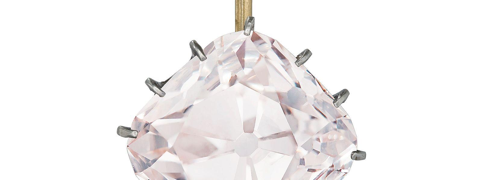 Der pinkfarbene Diamant sollte mindestens fünf Millionen Euro bringen.