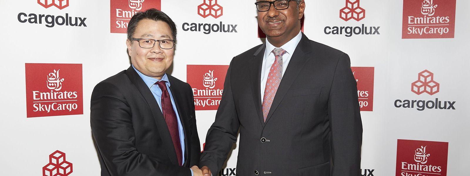 "Cargolux-CEO Richard Forson und ""Emirates Divisional Senior Vice President Cargo"" Nabil Sultan in München."