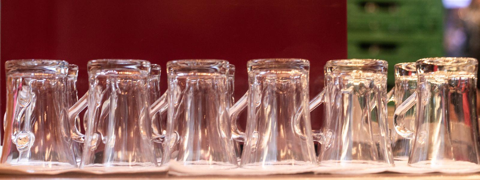 Die Betreiber der Imbissbuden auf dem Weihnachtsmarkt haben schon vor Jahren auf Glas und Porzellan umgestellt.