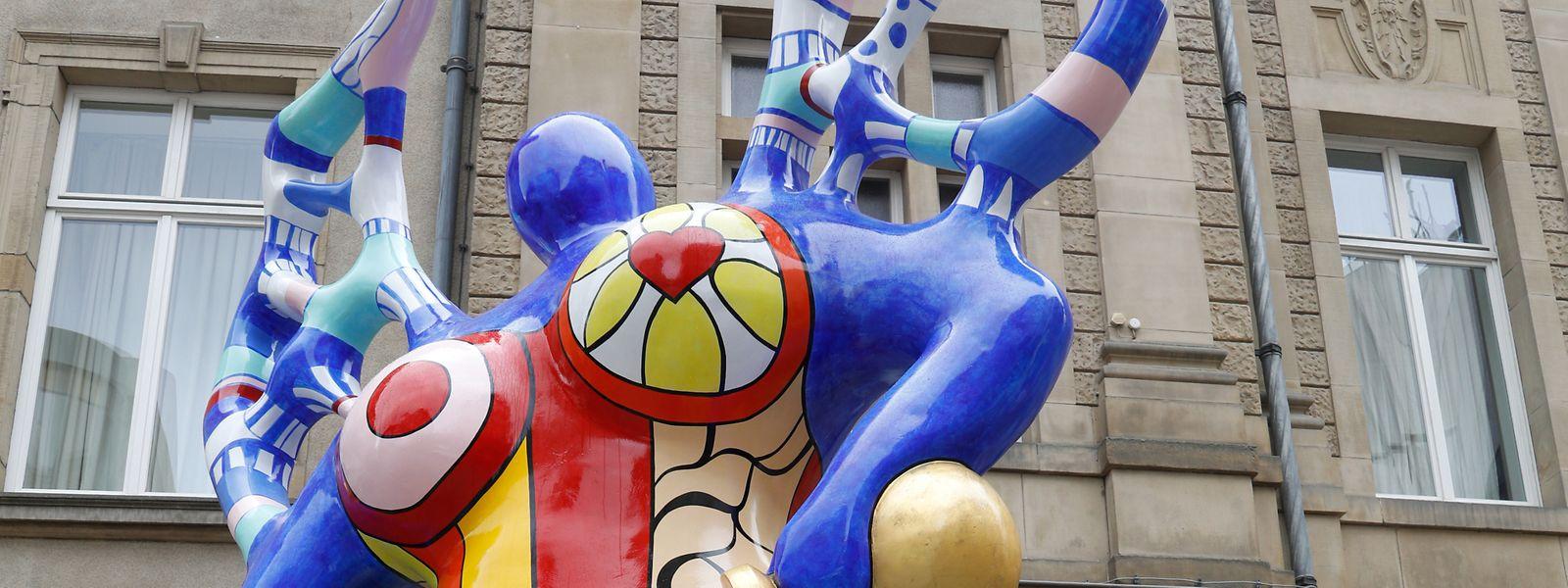 La sculpture a rejoint son emplacement originel au terme de huit ans d'absence.