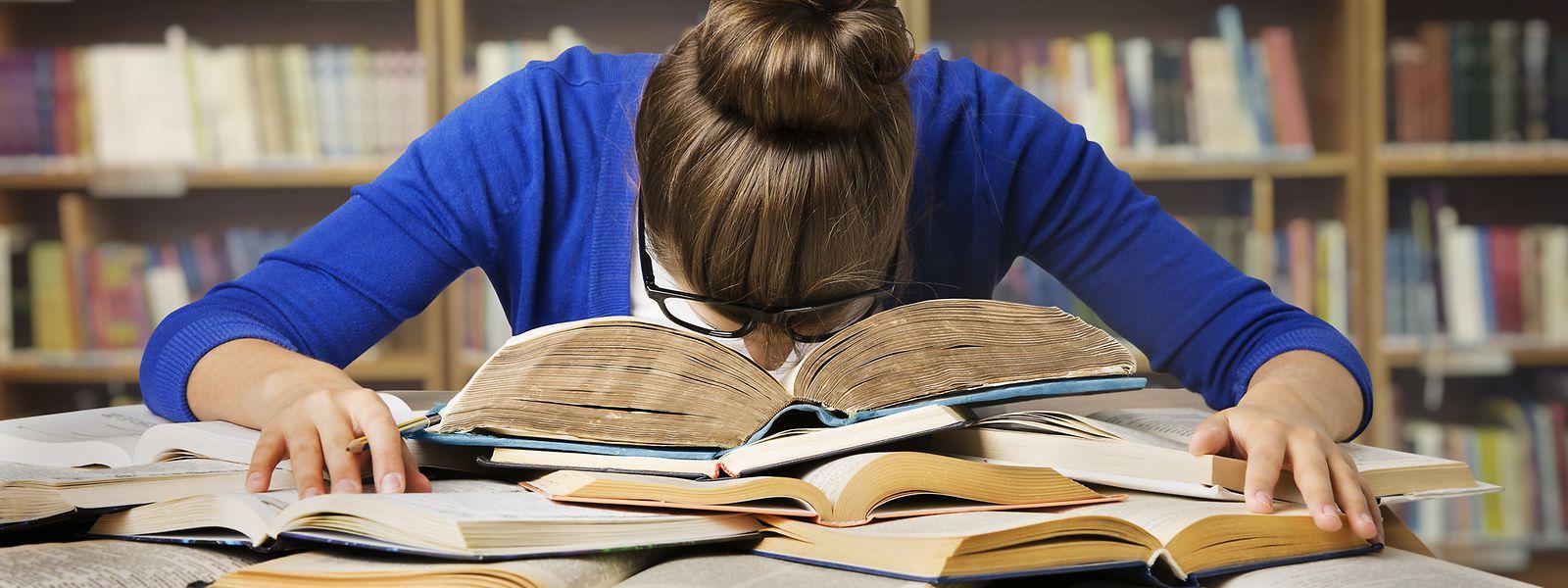 Il a été constaté que la majorité des étudiants qui ont échoué aux tests ont également raté par la suite leur première année.