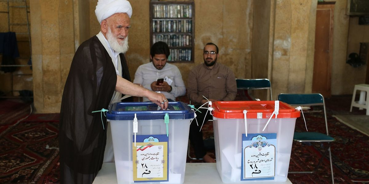 Wahlbüro in der heiligen Stadt Qom, 130 Kilometer südlich der Hauptstadt Teheran.