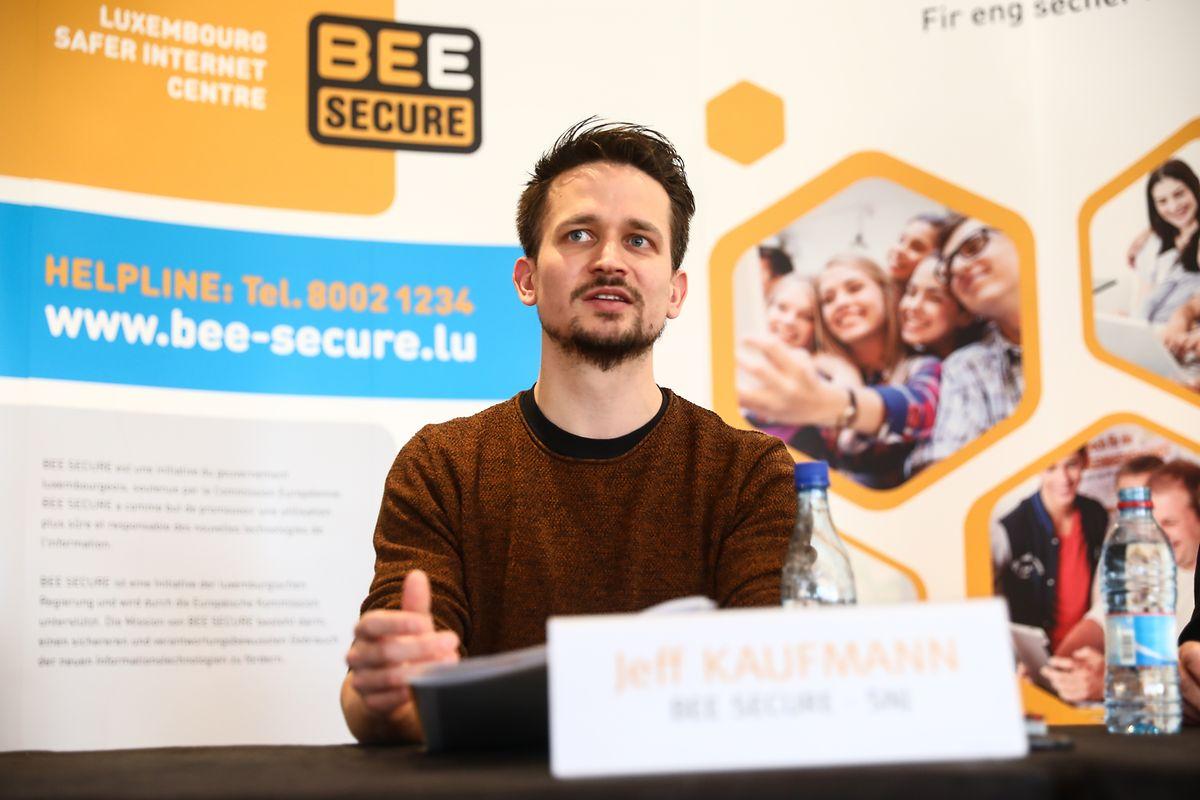 Jeff Kaufmann von Bee Secure ist der Meinung, dass Eltern ihre Kinder zunächst beim Surfen im Internet begleiten sollten.