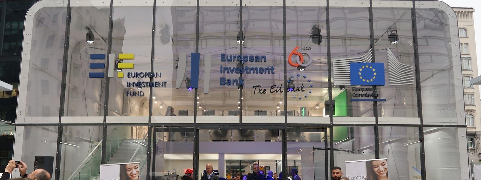 Am Freitag fand in der belgischen Hauptstadt die Einweihung einer zweitägigen Ausstellung zum Thema Juncker-Plan statt.