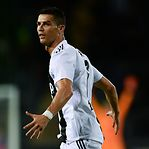 Ronaldo finalista do prémio de melhor jogador da UEFA, com Messi e Van Dijk