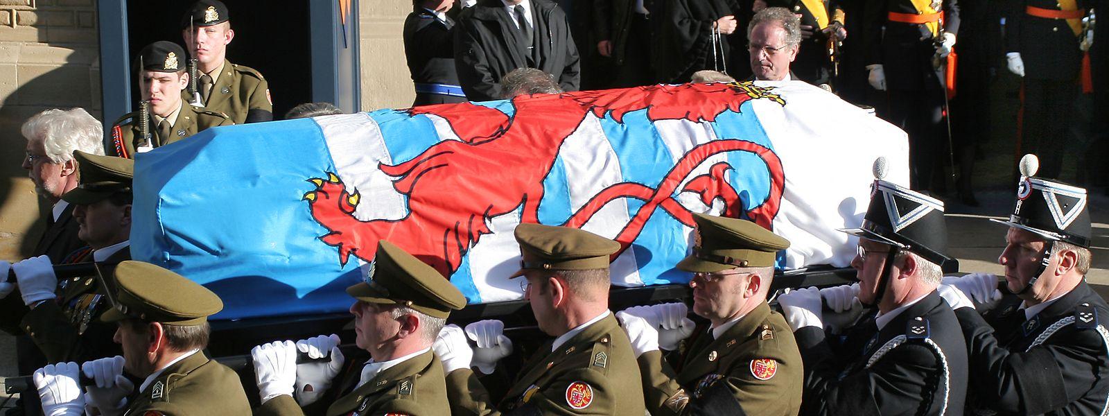 Tal como aconteceu com a morte da Grã-Duquesa Joséphine Charlotte, em 2005 (na imagem), o funeral de Jean do Luxemburgo terá honras de Estado.