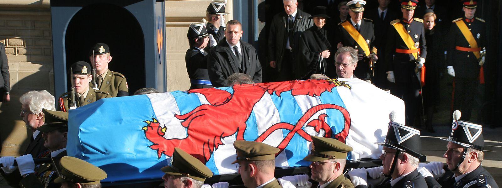 Das Staatsbegräbnis von Großherzogin Joséphine-Charlotte im Jahr 2005.