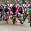 Start der Elite / Espoirs - Cyclocross Hesperingen 2019 - Foto: Serge Waldbillig