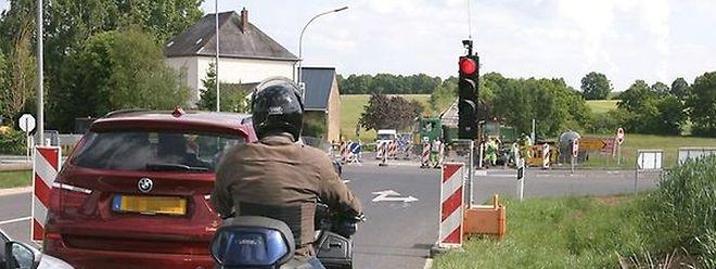 Os semáforos já começaram a ser instalados no sinistro cruzamento