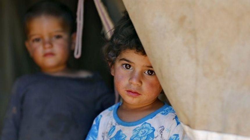Dieses syrische Kind ist vor zweieinhalb Jahren mit seiner Familie nach Jordanien geflohen, wo es in einer Zeltsiedlung lebt.