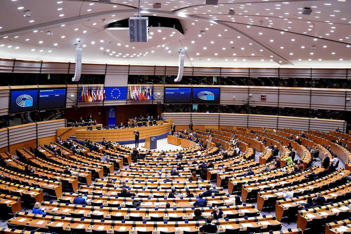 In Pandemie-Zeiten hat das EU-Parlament in Brüssel getagt, weil dort auch die meisten Mitarbeiter leben.