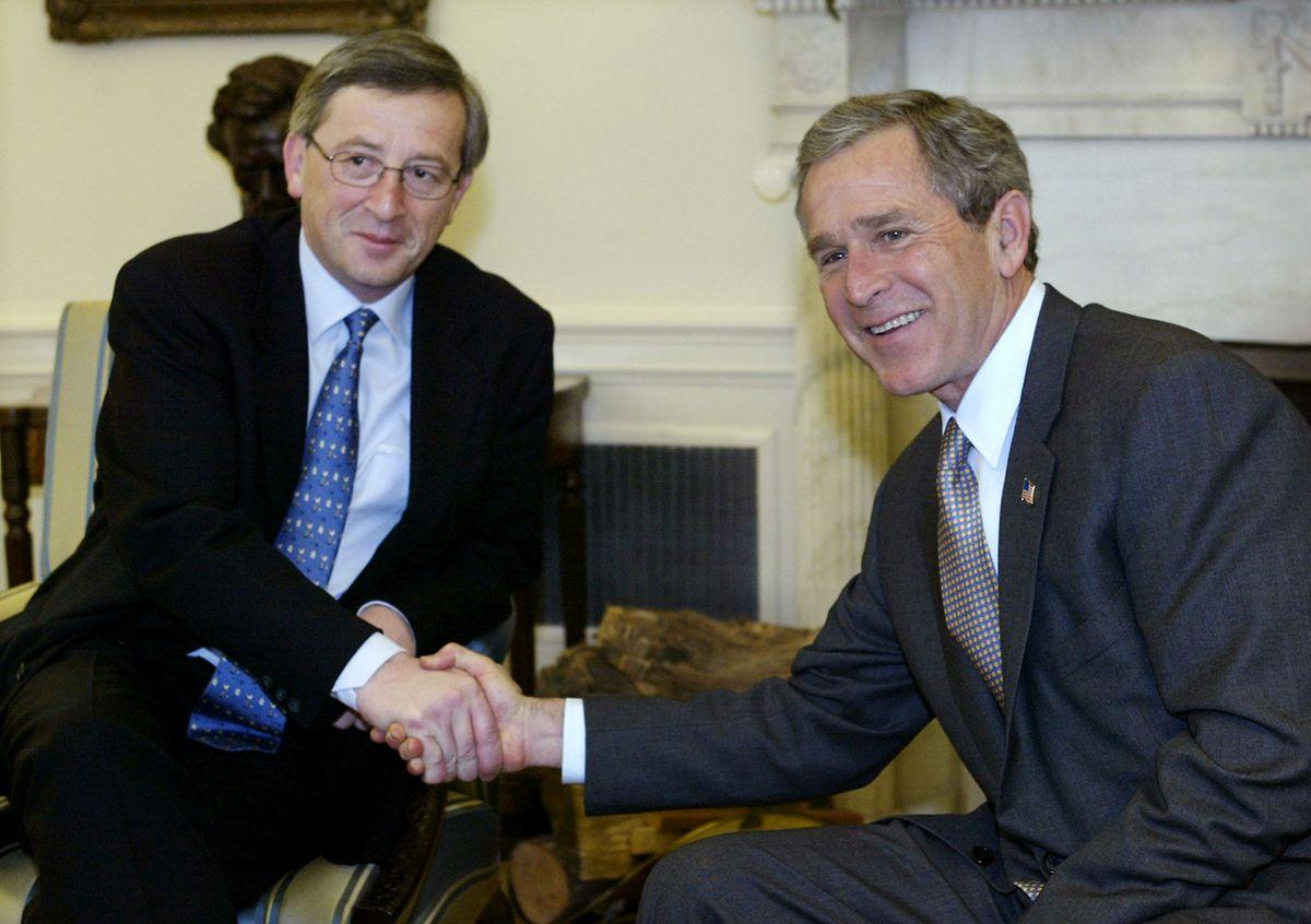 Mars 2020, Juncker et Georges W. Bush ont rendez-vous à la Maison blanche.