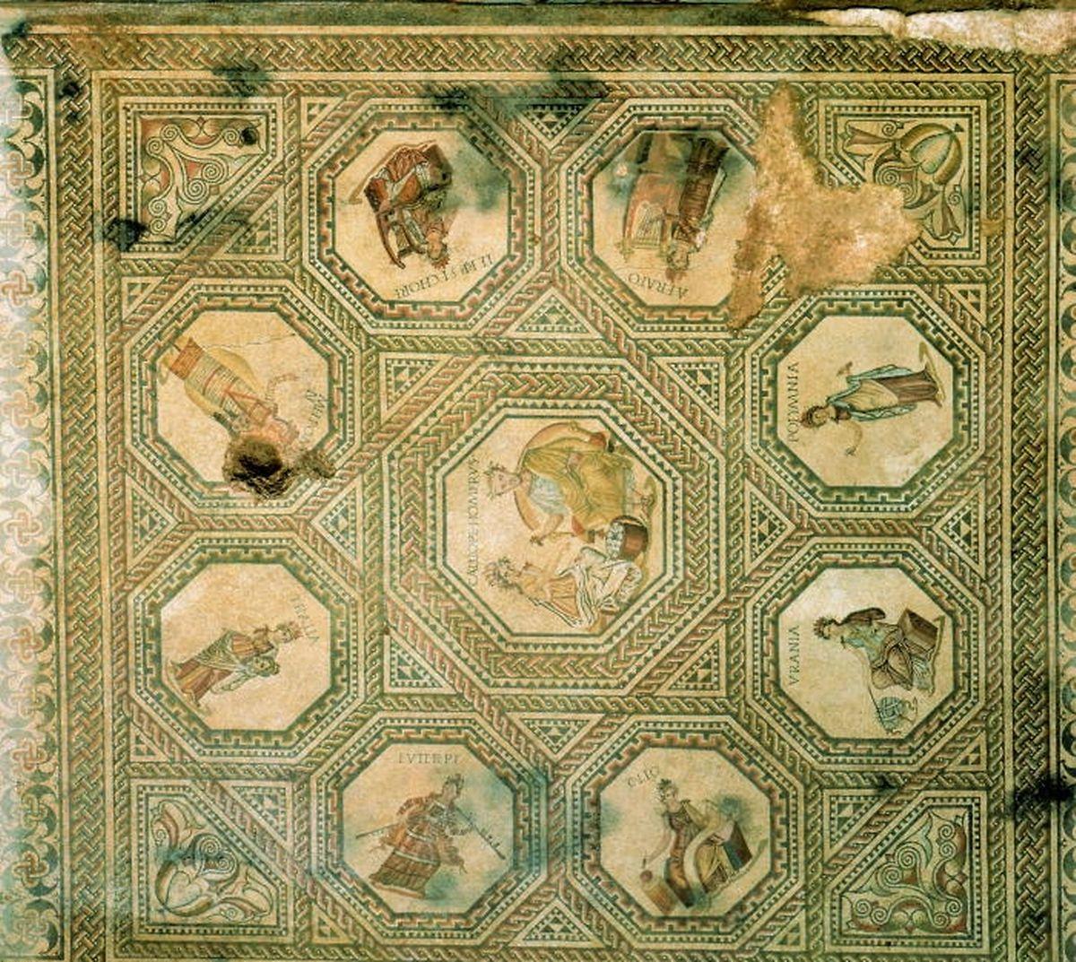 Le Musée national d'histoire et d'art expose la fameuse mosaïque gallo-romaine de Vichten, datant de 240 après J.-C. Elle compte parmi les plus belles représentations du thème des neuf muses connues du monde romain.