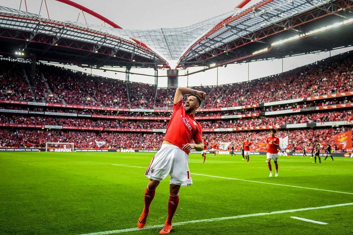 Haris Seferovic s'est offert un doublé pour célébrer le titre de champion de Benfica.