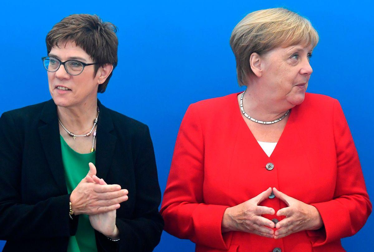 Der Plan, die Macht untereinander aufzuteilen, ist gescheitert: Angela Merkel und Annegret Kramp-Karrenbauer.