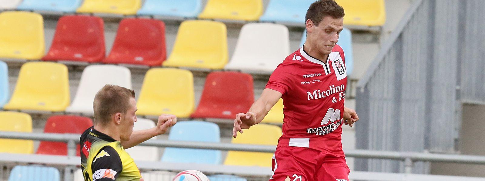 Mathias Jänisch (en rouge) vivra désormais le derby de la Cité du Fer dans l'autre camp. Ce sera le 20 avril à l'occasion de la 21e journée de BGL Ligue