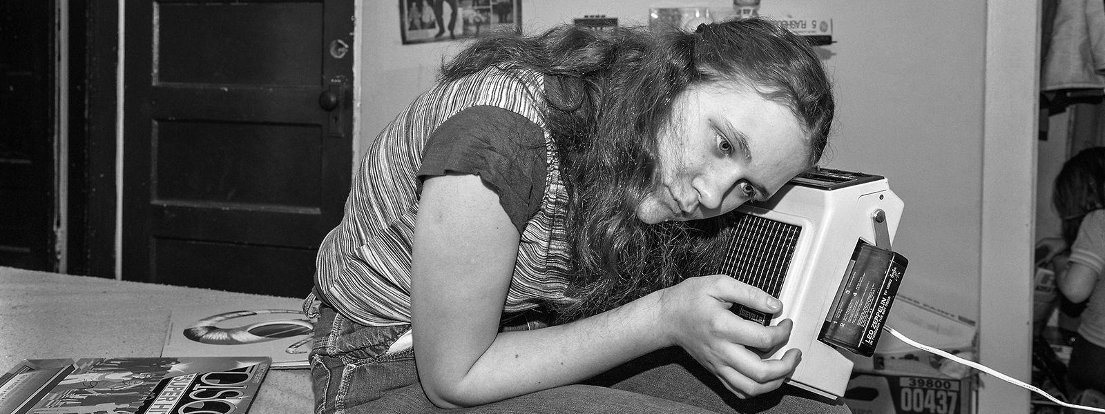 Die Fotoreihen von Mary Frey geben einen ungewöhnlichen Einblick in den Alltag der US-amerikanischen Middle-Class in Massachusetts.