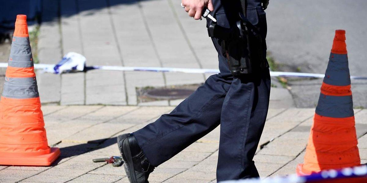 Die Polizei riegelte das Areal um den Tatort weiträumig ab.